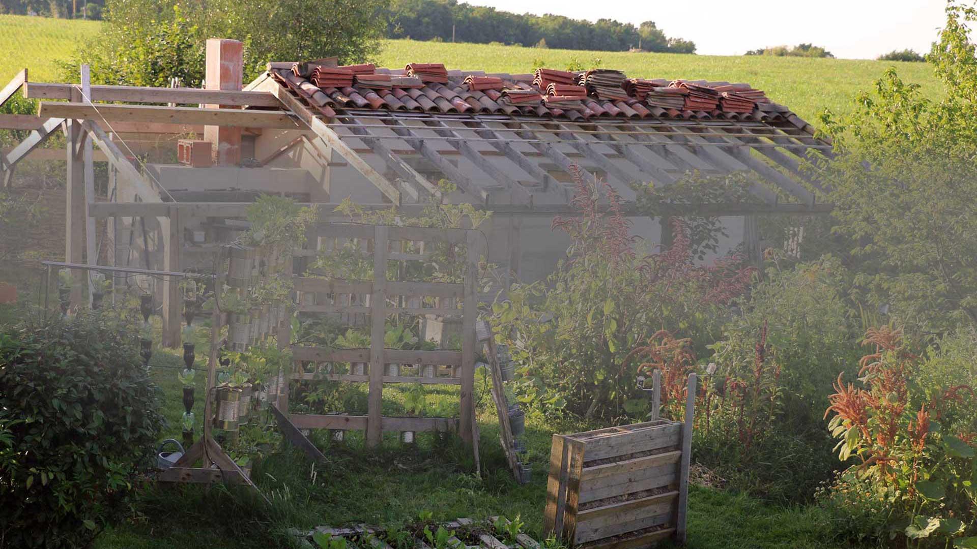 Entraides et chantiers aux Jardins de Baugnac